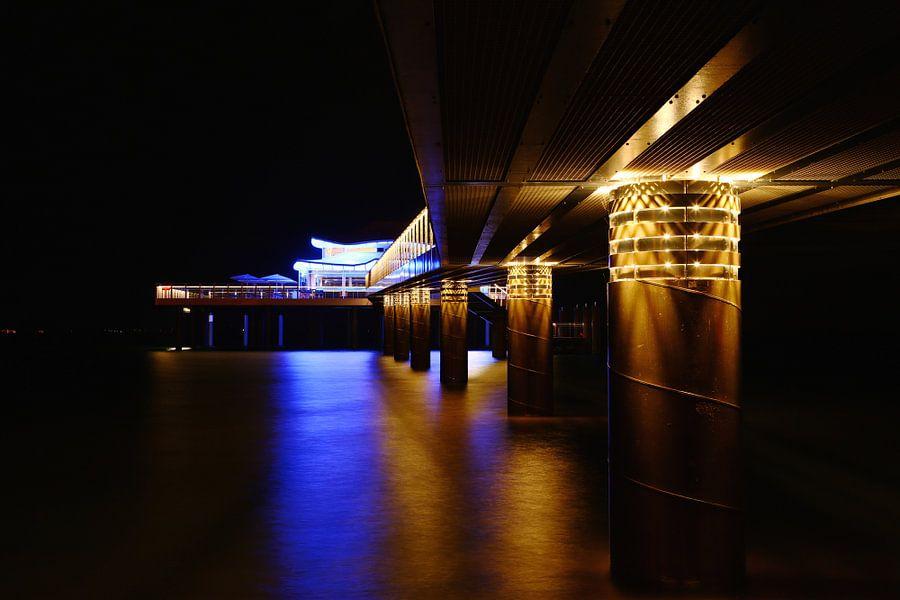 Teehaus bei Nacht van Werner Reins