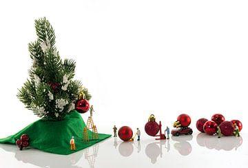 preparing for christmas von Compuinfoto .