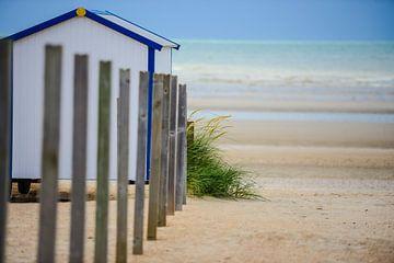 strandcabine aan zee van Robby Stifter