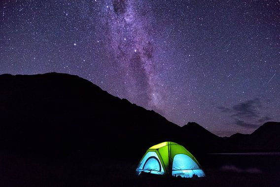 Tent onder de melkweg  van Jasper den Boer