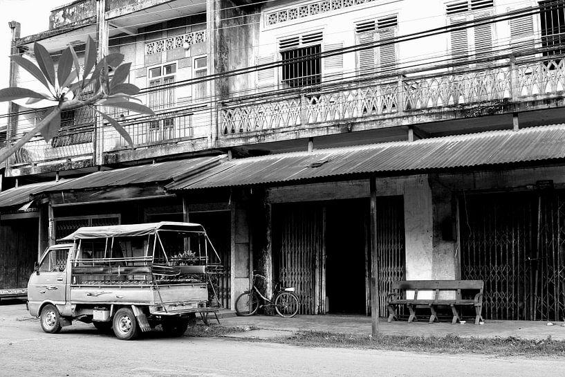 Kolonial sfeer, Laos van Inge Hogenbijl