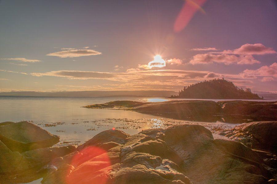 Zonsopkomst boven het Oslofjord van Bart Berendsen