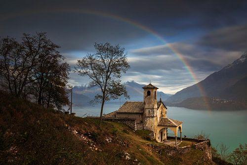 Santa Eufemia rainbow van Wojciech Kruczynski