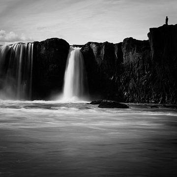 Godafoss - Iceland van Arnold van Wijk