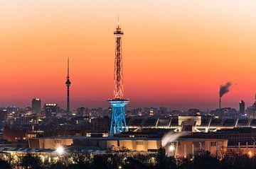 Zonsopgang boven Berlijn van Achim Thomae