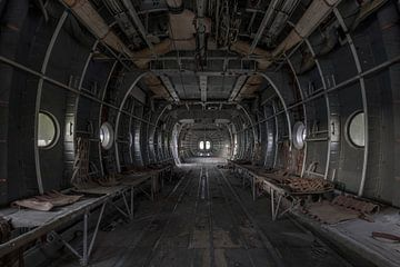 Verlaten vliegtuig von Kristel van de Laar