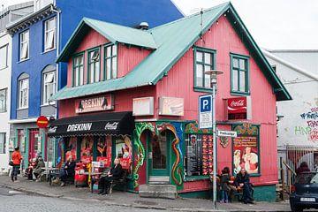 Winkelpand in Reykjavik IJsland van René Schotanus