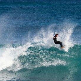 Surfing at Margret River sur Brenda Reimers