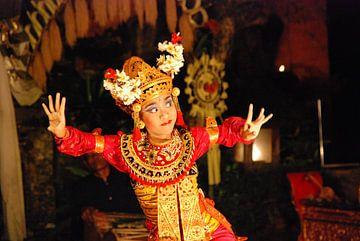 Balinese Dance von Luke Orth