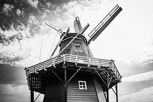 Authentische friesische Windmühle | Schwarz-Weiß-Foto