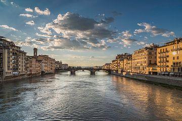 Ponte Vecchio in Florence, Italie van Anges van der Logt