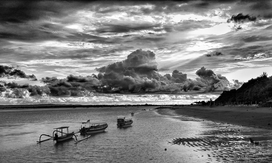 Sunset van Antonio Correia