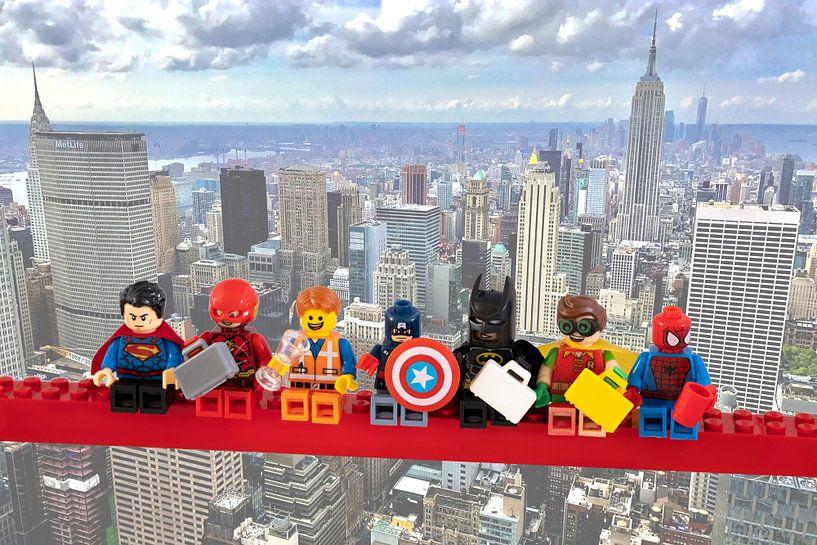 Lunch atop a skyscraper Lego edition - Super Heroes - Men - New York van Marco van den Arend