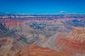Oranje gekleurd gesteente in de Grand Canyon van Rietje Bulthuis