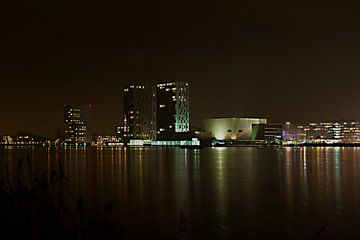Almere Skyline bij Nacht