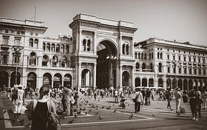 City center shopping mall Milano van Royce Photography