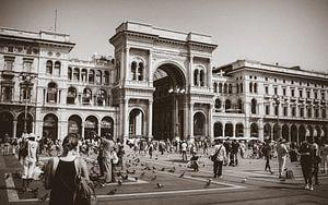 City center shopping mall Milano van