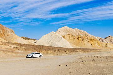 Auto in der Wüste von Lars-Olof Nilsson