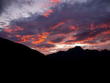 Neuseeland - Mount Cook / Aoraki National Park - Magischer Sonnenaufgang über den Bergen von Rik Pijnenburg