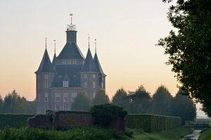 Kasteel Heemstede bij zonsopkomst, Houten, Nederland