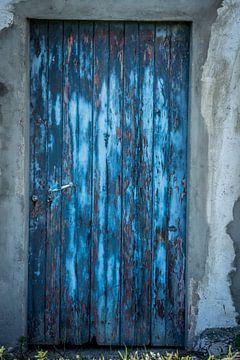 Blaue Tür von Theo van Woerden