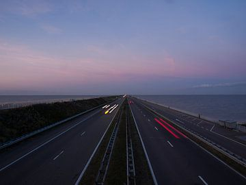 Avond op de Afsluitdijk van Rinke Velds