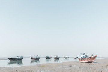 Vissersboten aan de kust in de Perzische Golf | Iran van Photolovers reisfotografie