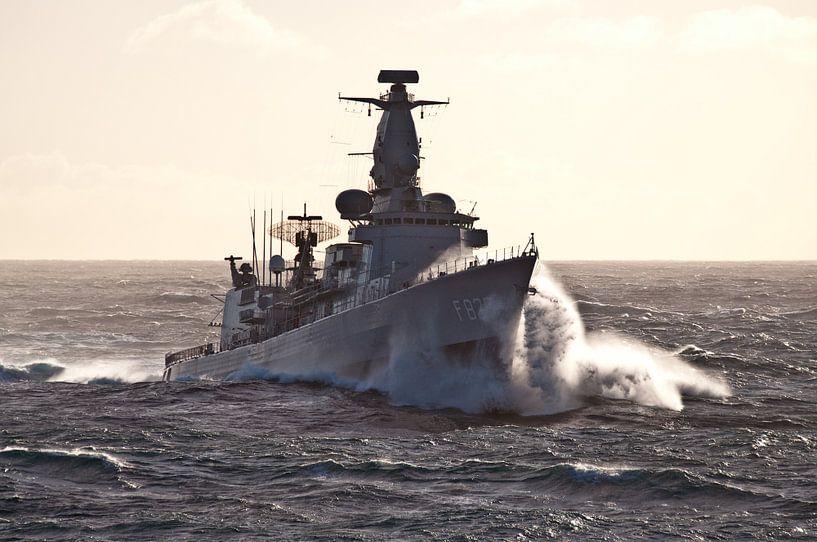 Fregat in de golven - part II van Alex Hiemstra