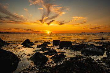 Zonsondergang op het Water van Brian Morgan