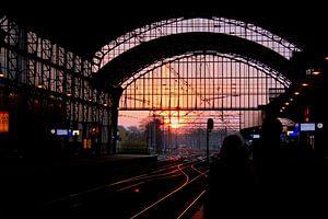 Zonsondergang op Station Haarlem