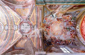 Verlaten Fresco op Plafond. van