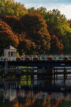 Schoenkuipenbrug in Zwolle, Herfst von Rick Kloekke