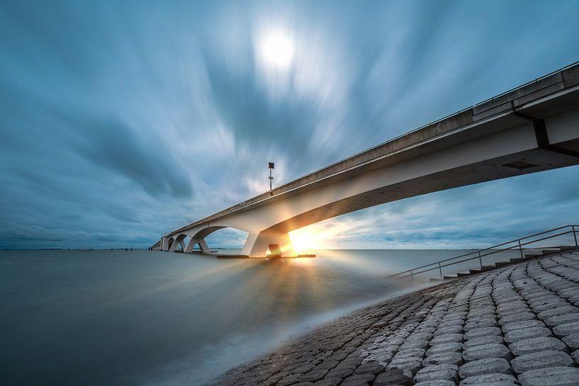 A Bridge to fair... van Above The Grid