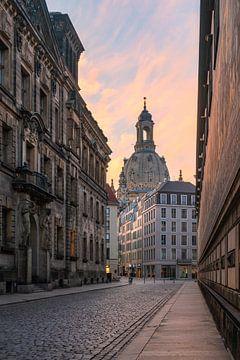 Dresdener Frauenkirche im Morgenlicht von Robin Oelschlegel