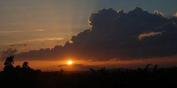 Zonsondergang van Nel Wierenga