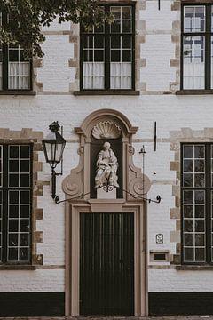 Tür in Brügge von Amber den Oudsten