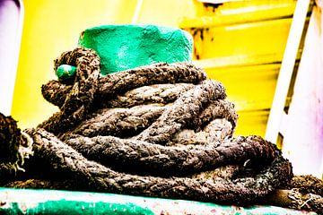 Rauw hard en heftig in de haven maar kleurrijk. van scheepskijkerhavenfotografie