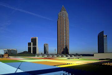 Boven de daken van Frankfurt van Patrick Lohmüller
