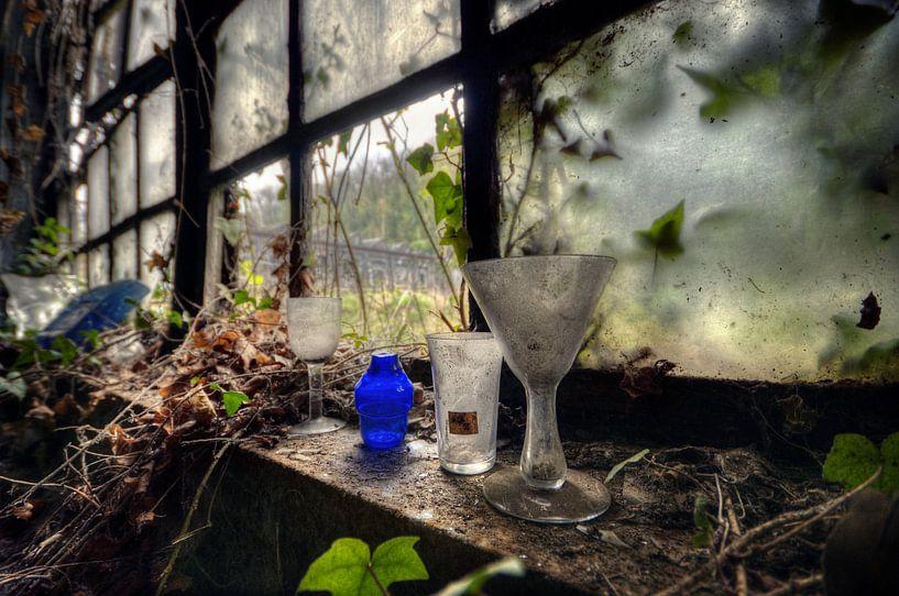 Urbex - Glas von Angelique Brunas