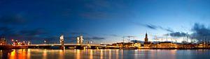 Kampen panorama met zicht op de IJssel van