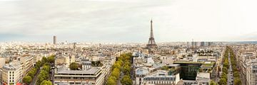 Paris Skyline sur davis davis