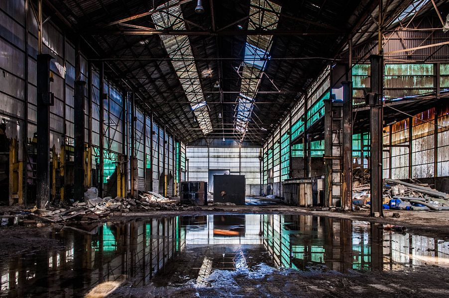 Aluminiumfabriek van Anjolie Deguelle