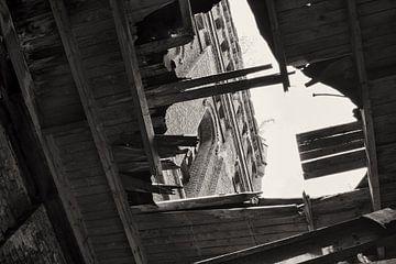 Verlaten mijntoren 2 von Henk van Brecht