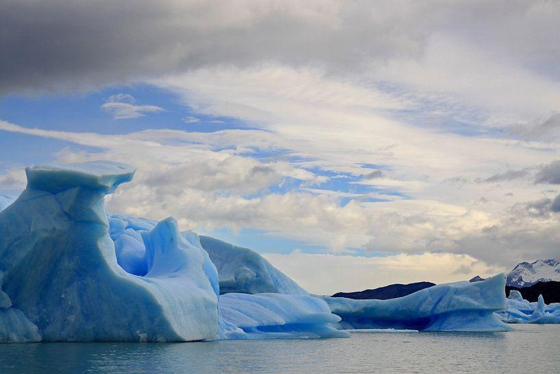 ijsbergen in het Los Glaciares N.P. van Antwan Janssen