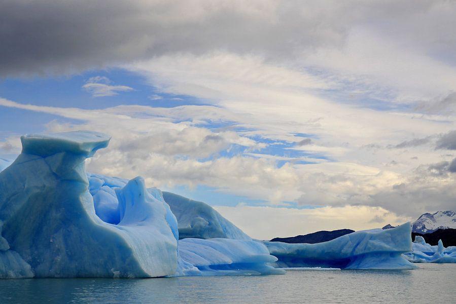 ijsbergen in het Los Glaciares N.P.