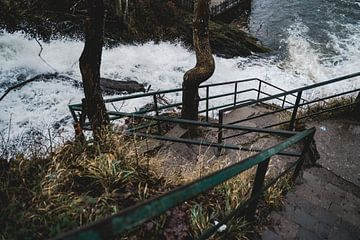 Chute d'eau sur Eva Ruiten