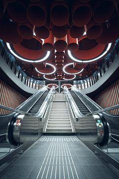Symmetrie in metro Pannenhuis, Brussel van Felix Van Lantschoot