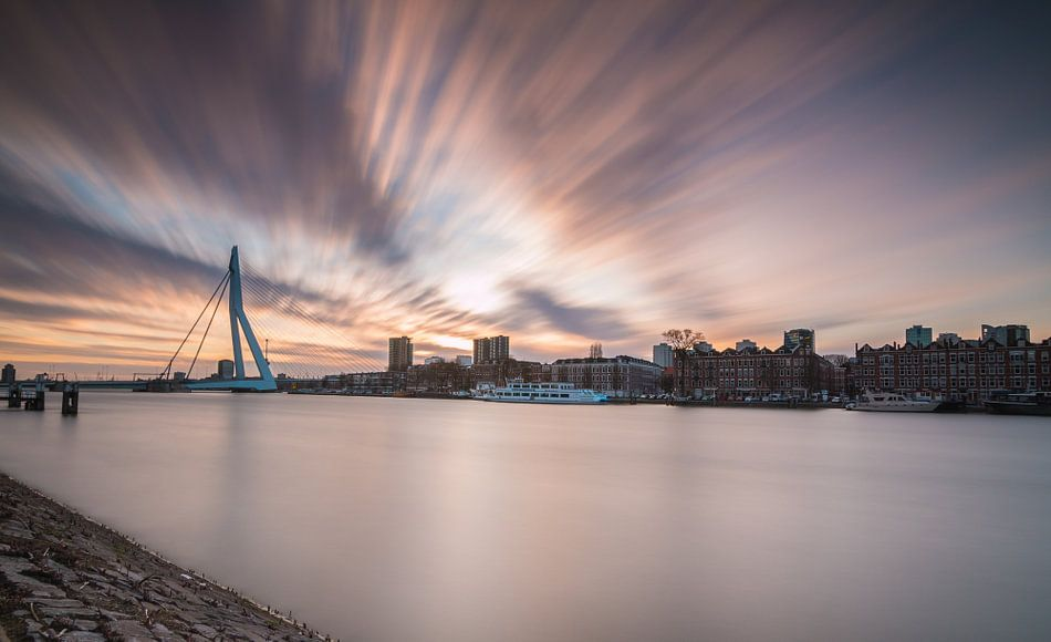 Sunset in Rotterdam van Ilya Korzelius