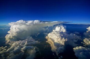 Onweersbuienvlucht 2 van Denis Feiner