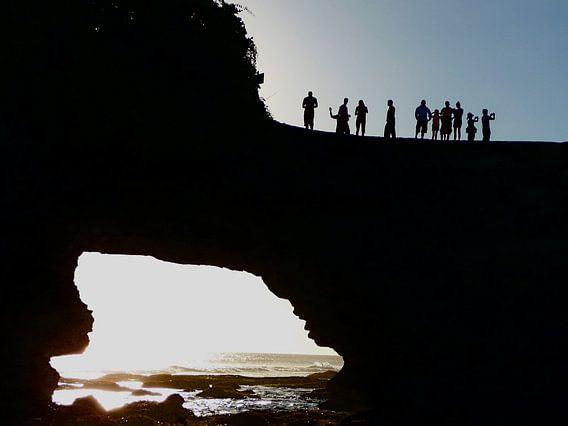 De avond valt op Bali.